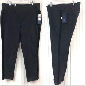Charter Club NWT Skinny Leg Jeans Velvet Stripe 18